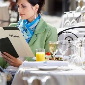 reading menu card