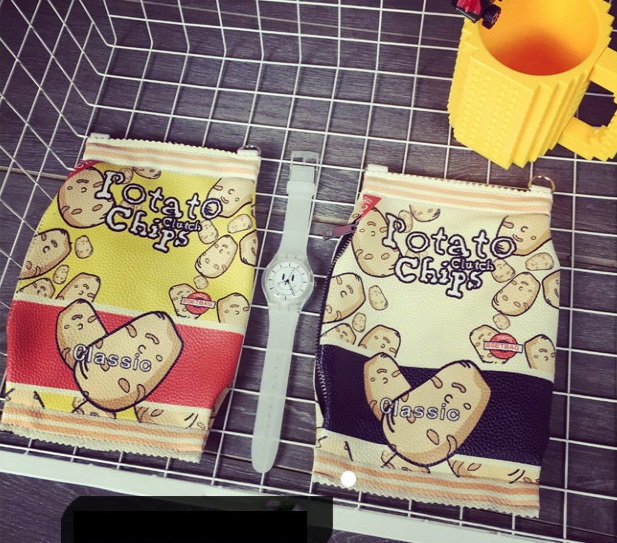 3 food shaped handbag potato chips