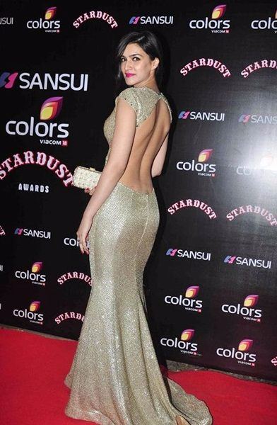 6- THE BACKLESS POSE-compressed