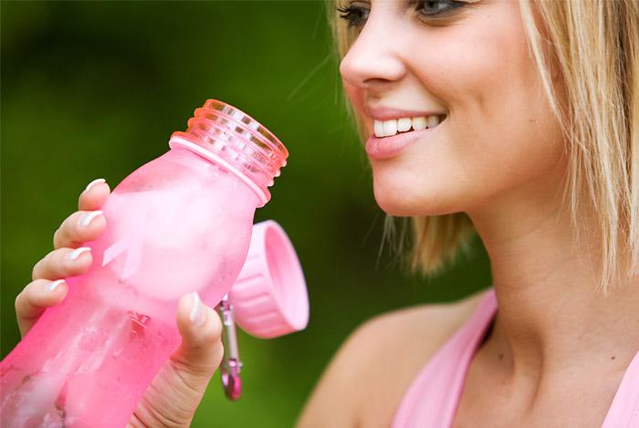 woman-drinking-water-bottle