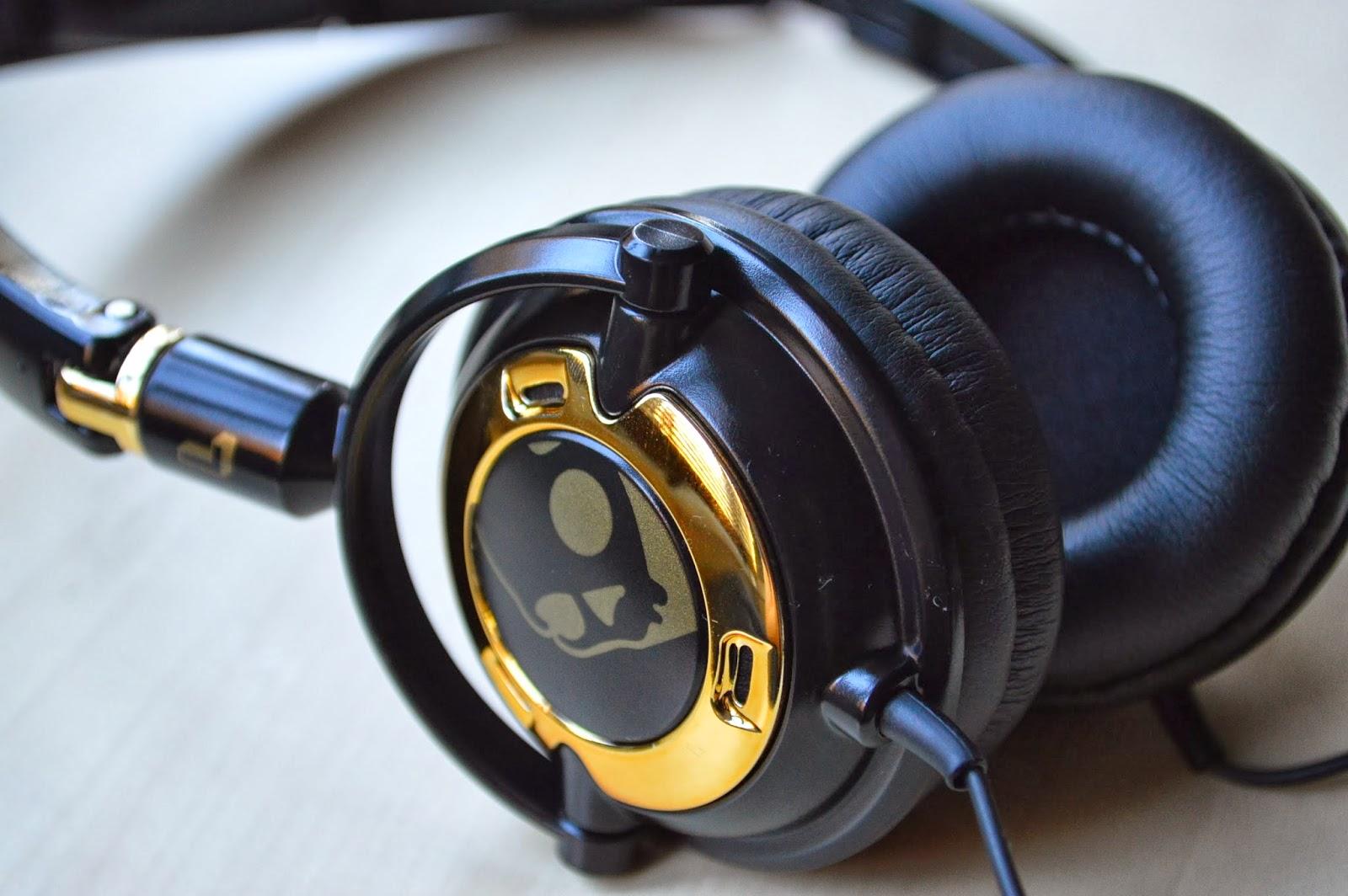 10 Best Skullcandy Headphones Earphones Under Rs 2 000 In India
