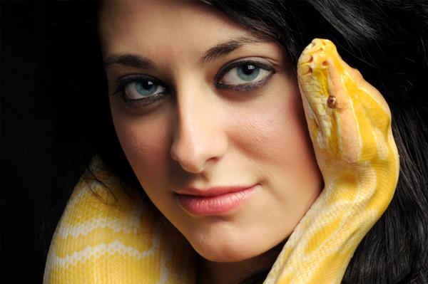 snake-venom-beauty-treatment_rsodns