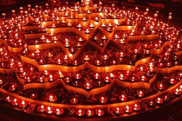 diwali-diyas-decoration