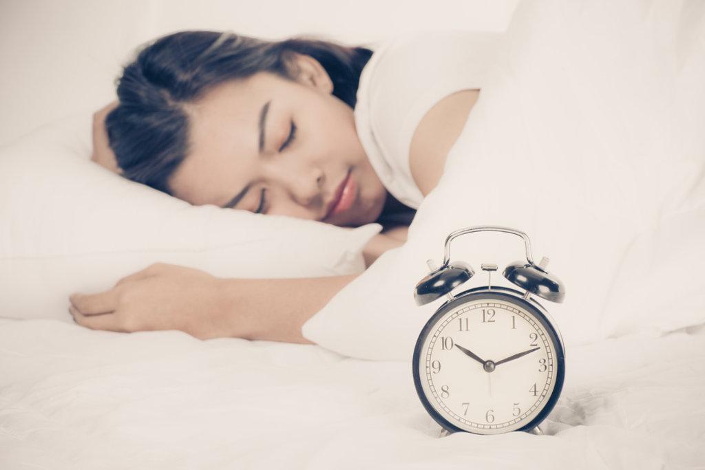 sleeping early on nye