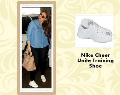 Kareena Kapoor Nike Air Shoes-crop