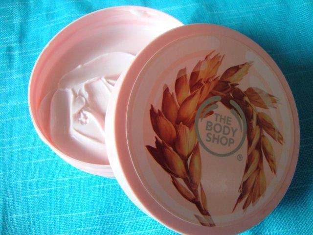 The-Body-Shop-Vitamin-E-Body-Butter-7