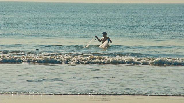 02-Ghogla-Beach