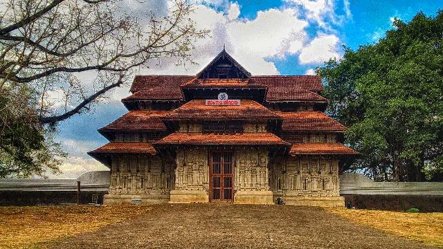 02-Vadakummnathan-Temple