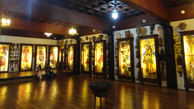 04-Folklore-Museum-And-Theatre