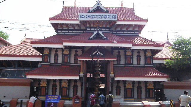 04-Thiruvambadi-Sri-Krishna-Temple