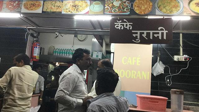 07-Cafe-Noorani