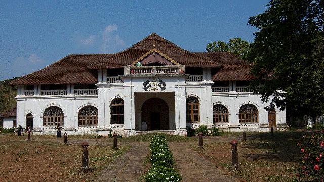 11-Shakthan-Thampuran-Palace