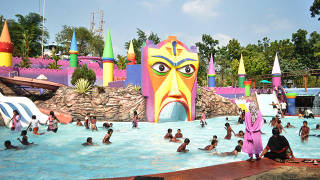 Silver Storm Water Theme Park