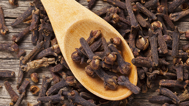 7-Surprising-Cloves-Benefits