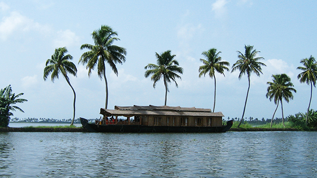 Veeranpuzha-Lake-And-Backwaters