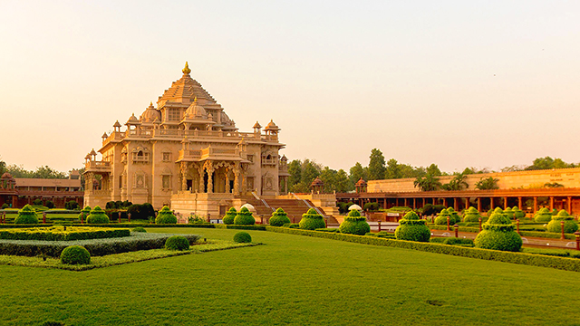 02-Swaminarayan-Akshardham-Temple