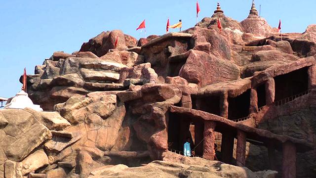 04-Vaishnodevi-Temple