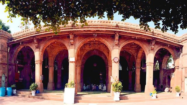 06-Sidi-Saiyyed-Mosque