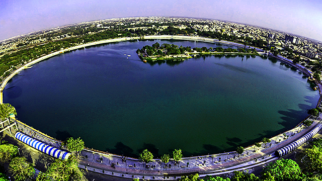 16-Kankaria-Lake