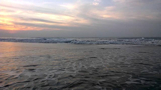 2-Ghogla-Beach