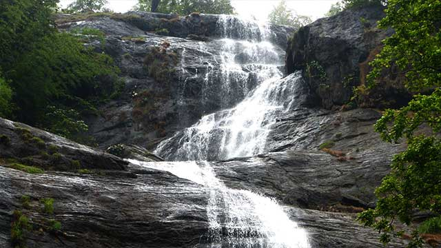 5-Chinnakanal-Waterfalls
