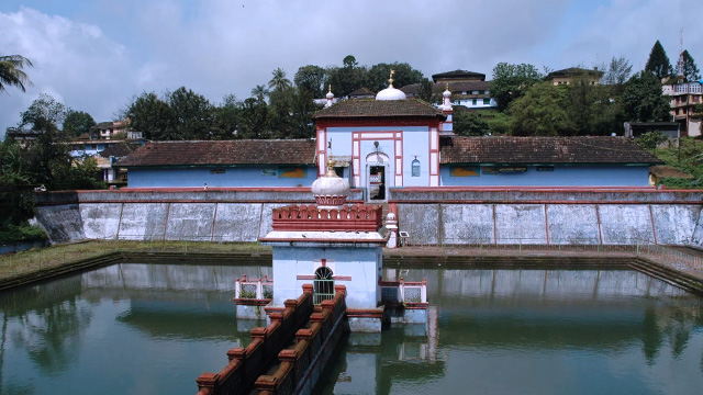 7-Omkareshwara-Temple-b
