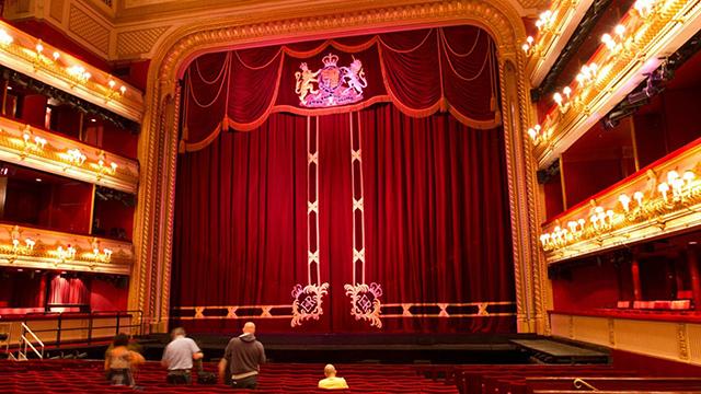 08-The-Royal-Opera-House