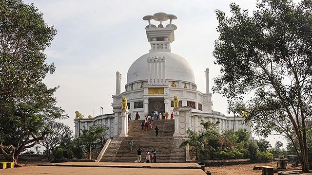 Dhauli-Giri-Shanti-Stupa
