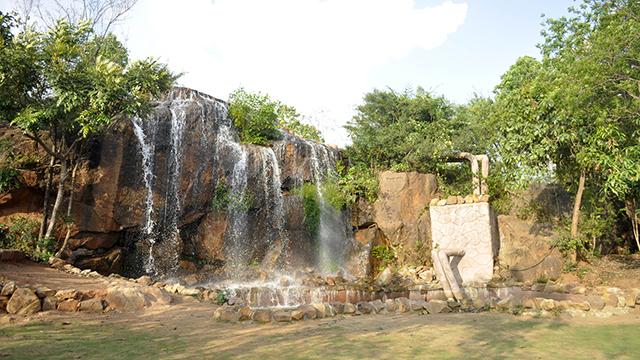Ekamra-Kanan-Botanical-Gardens