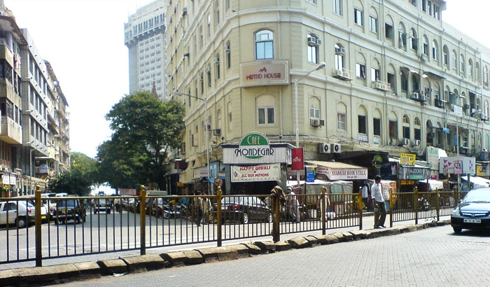 कोलाबा कॉज़वे, Colaba causway one of the touritst places in mumbai