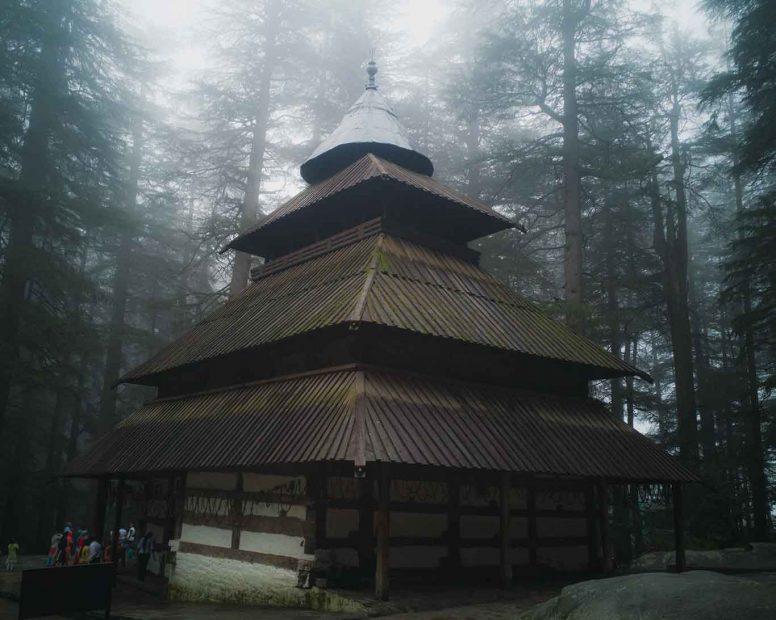 हिडिम्बा मंदिर मनाली में जाने के लिए आकर्षक जगह