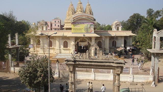 इस्कॉन मंदिर अहमदाबाद में जाने के लिए 19 अद्भुत जगहें