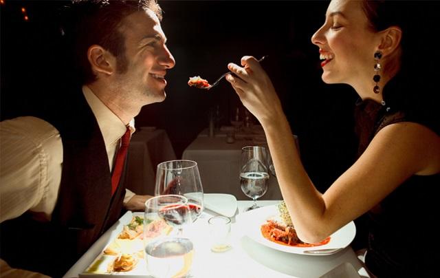 Romantic Couple Dinner
