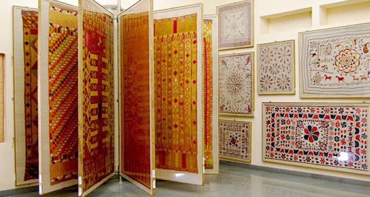 कैलिको टेक्सटाइल संग्रहालय अहमदाबाद में जाने के लिए अद्भुत जगहें