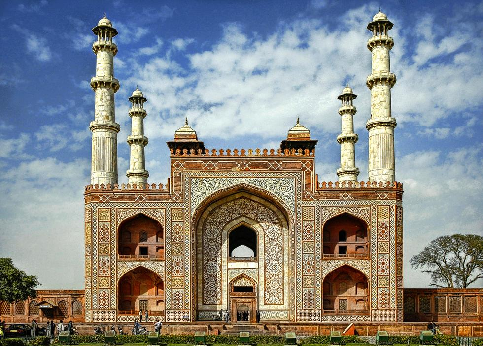 अकबर का मकबरा आगरा में जाने के लिए आश्चर्यजनक जगहें