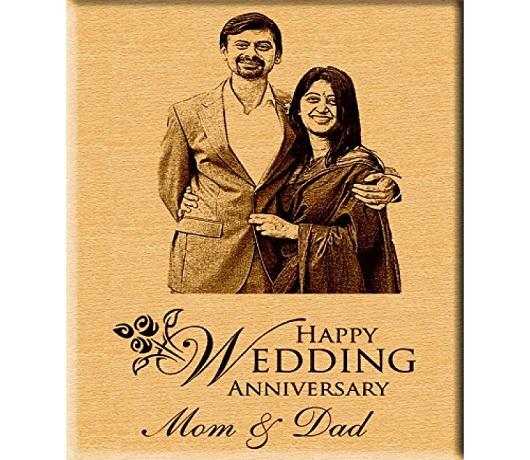 Engraved Photo Plaque as A Souvenir