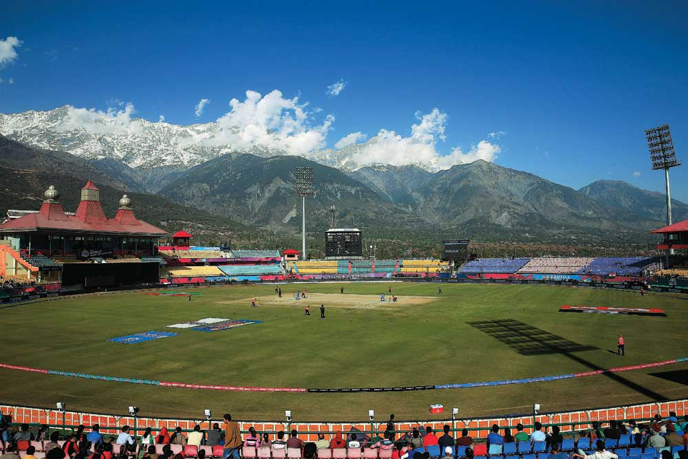 र्मशाला क्रिकेट स्टेडियम, HPCA Stadium one of the touritst places in dharamshala