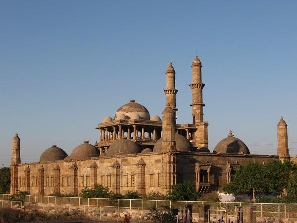 जामा मस्जिद अहमदाबाद में जाने के लिए अद्भुत जगहें