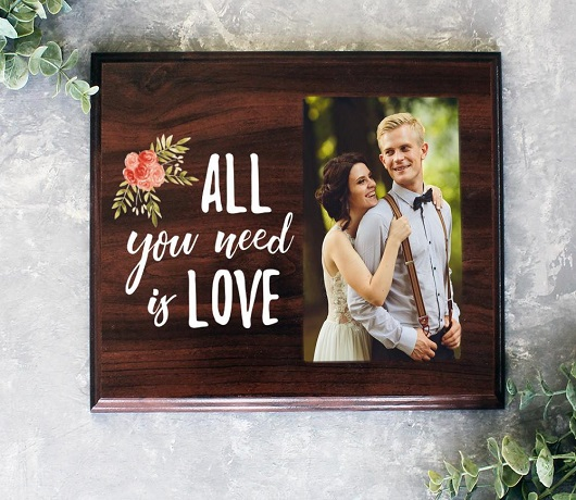 Customized Photo Frames to Relive Memories
