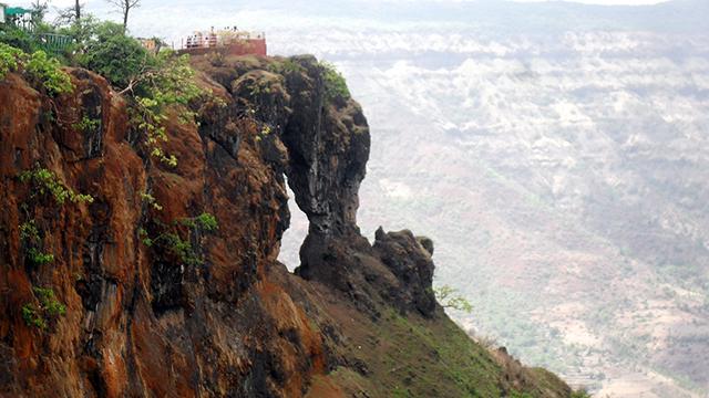 Mahabaleshwar - Scenic Hill Station in Maharashtra