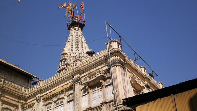 Mumbadevi-Temple