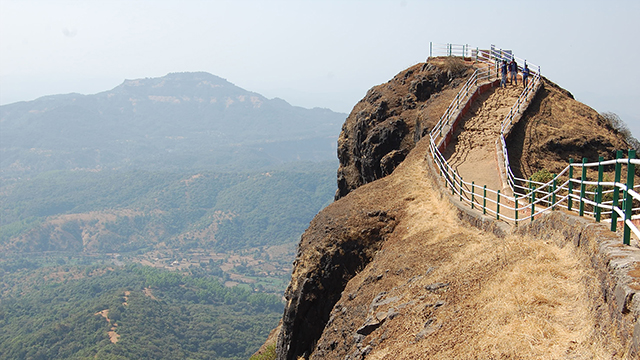 Pachgani - Beautiful Hill Station in Maharashtra