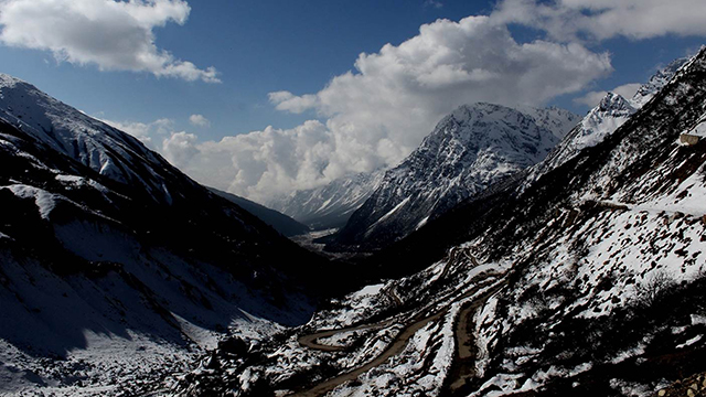 Yumthang, North Sikkim - Popular Hill Station in Sikkim