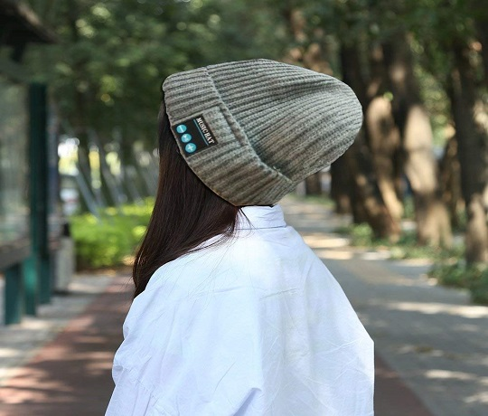 Bluetooth Beanie for An On-The-Go Person