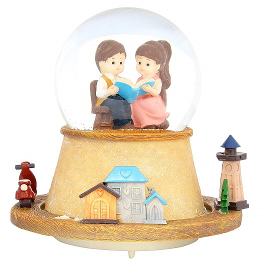 Snow Globe To Show Your Love For Him