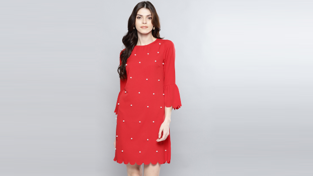 Stylish Red Dress for Your Chic Girlfriend