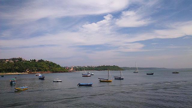 dona paula beach