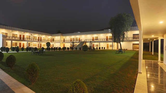 Aapno Ghar Resort And Water Park - Resort near Delhi