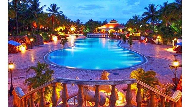 Golden-Palms-Resort2