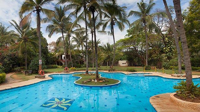 Holiday-Village-Resort